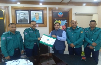 Met the Rangpur Metropolitan Police Commissioner at the latter's office.
