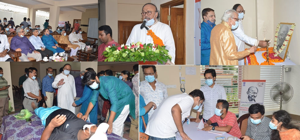 On the occasion of the Birth Anniversary of Mahatma Gandhi on October 2, which also marks the International Day of Non-Violence, the Assistant High Commission of India in Rajshahi organized a Blood & Plasma Donation Camp to help the community in its fight against the COVID-19 pandemic.